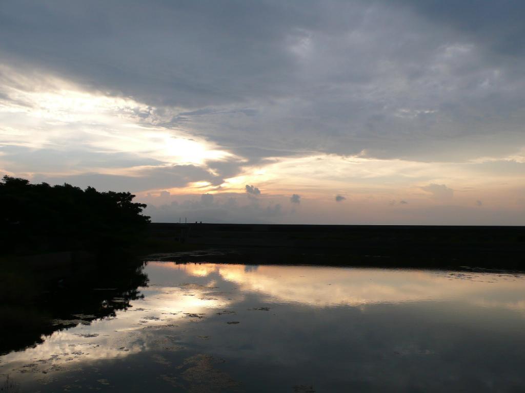 田舎の風景_築港